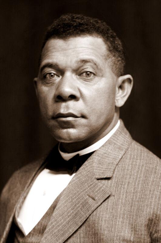 Booker T. Washington  Dominant  African-American Leader-1905 Portrait Photo
