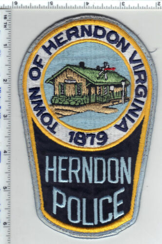 Town of Herndon Police (Virginia) Uniform Take-Off Shoulder Patch from the 1980s