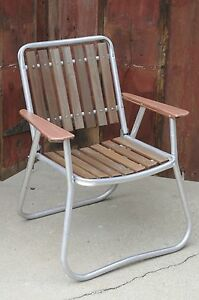 vintage aluminum folding redwood wood slat lawn chair patio deck beach