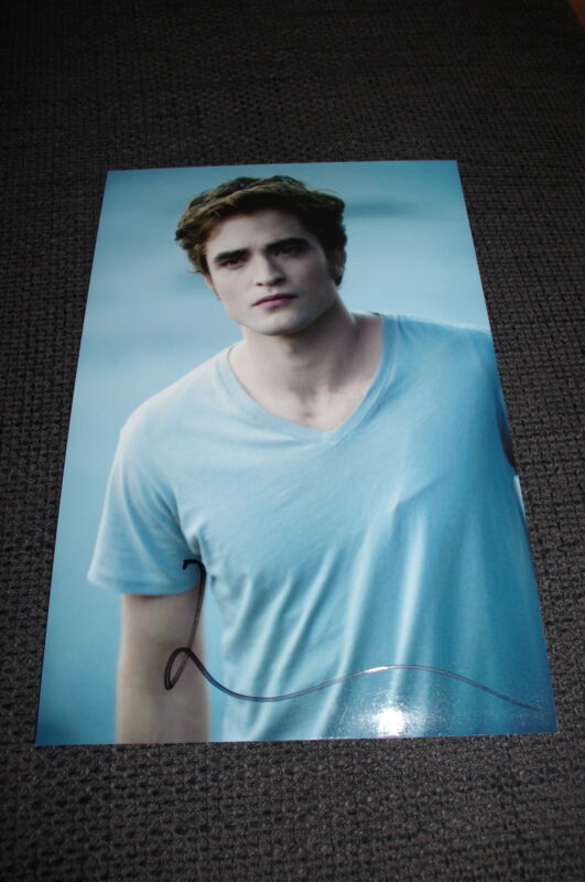 "ROBERT PATTINSON signed Autogramm auf 20x30 cm ""TWILIGHT"" Foto InPerson LOOK"