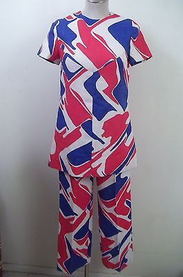 Vintage Handmade MOD 60s Red-White-Blue Graphic Print Top+ Pants  2pc. Outfit S - 60s Mod Outfits