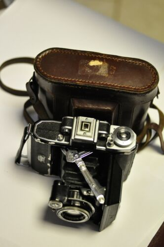 Zeiss Super Ikonta A (531) camera with Compur Rapid shutter.