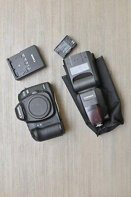Canon EOS 5D Mark II DSLR Camera Body bundled Yongnuo 600EX-RT - Shutter 166.397
