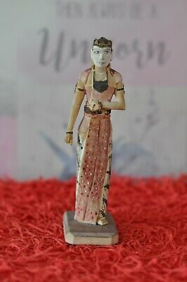 Lovely Vintage Whittled Indian Woman Lady - 17cm Tall