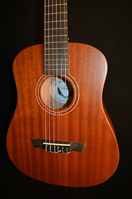 Dean Flight Nylon String 3/4 Acoustic Travel Guitar w/Gig Bag - Free -