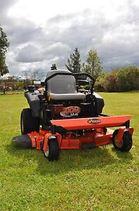 Ariens Zoom XL 42 Zero Turn Lawn Mower w Trailer and Spray Unit North Tamworth Tamworth City Preview