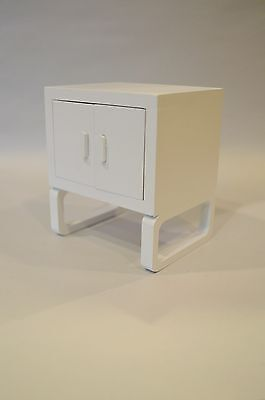 1:6 Scale Furniture for Fashion Dolls  Action Figures 4208W Modern Lamp Table