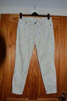 Gap supper skinny jeans, summer pastel Floral jeans. size 10