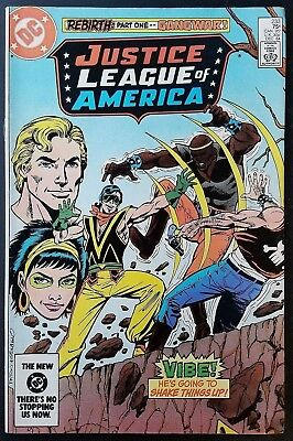 DC Comics Copper Age Justice League of America #233 1st Full Vibe VF/NM!