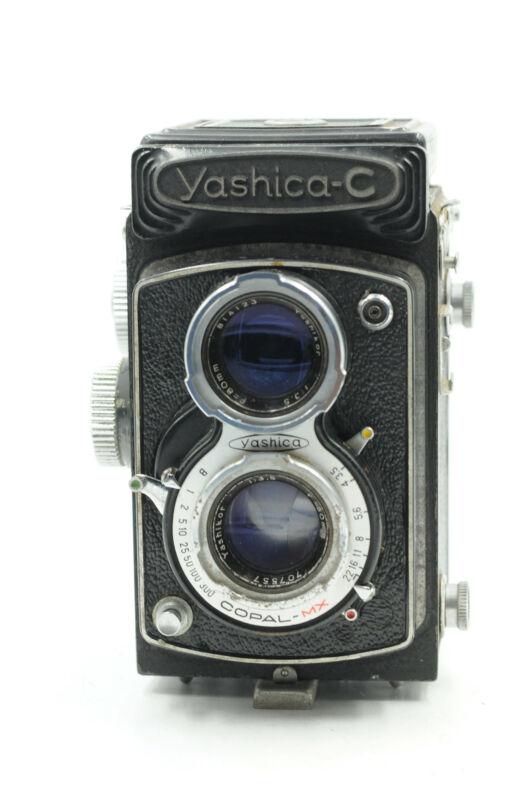 Yashica-C Twin Lens Reflex Medium Format Camera w/80mm f3.5                 #477