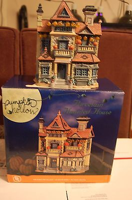 LEMAX 2003 Pumpkin Hollow HAUNTED HOUSE Porcelain IN BOX  Lights up