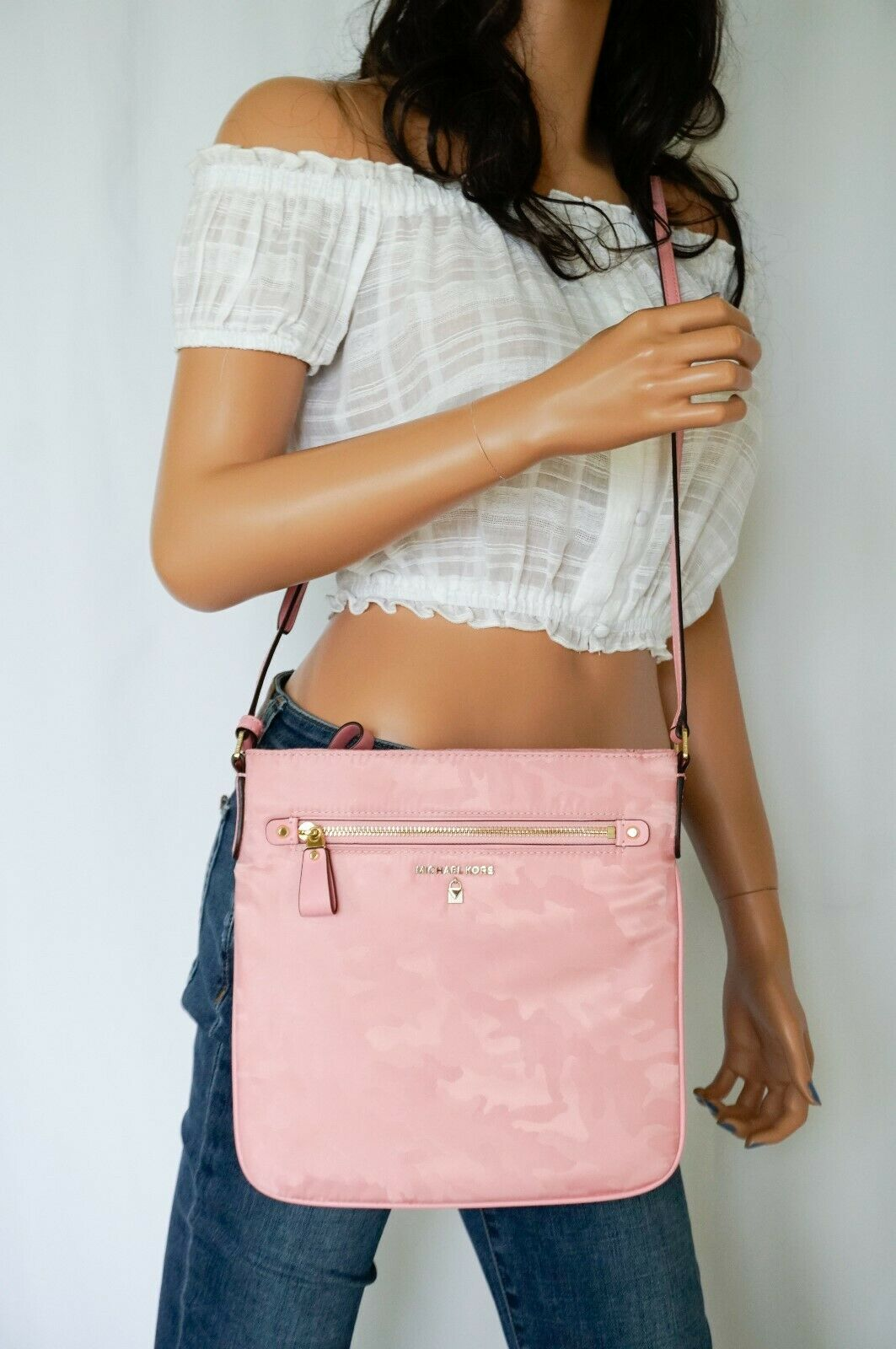 Michael Kors Nylon Kelsey Large Flat Crossbody Bag Swingpack