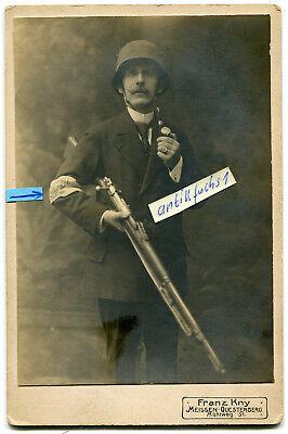Kabinett-Foto um 1920: Zivilist als Soldat der Heimatwehr Meissen mit Armbinde