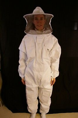 Professional Beekeeping Suit With Round Veil - Small
