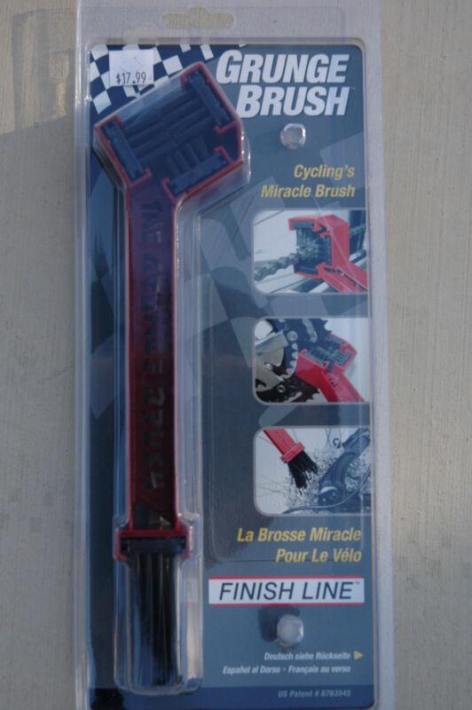 FINISH LINE Grunge Brush - Bike Bicycle Chain Gear Cleaner Repair Tool NEW!