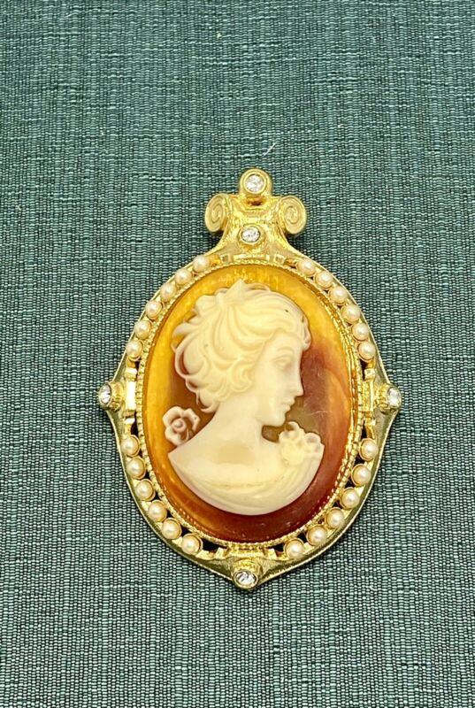 I am Edgar Berebi  my Vintage  faux cameo  Brooch / Neck ..Gold Plate