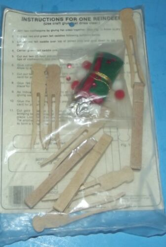 Merry Christmas Clothespin Reindeer Kit 3 Holiday Decorations ORNA Mate 1981