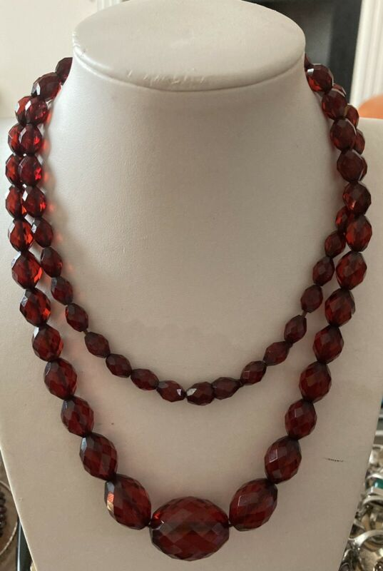 Vintage Bakelite cherry amber faceted long bead necklace