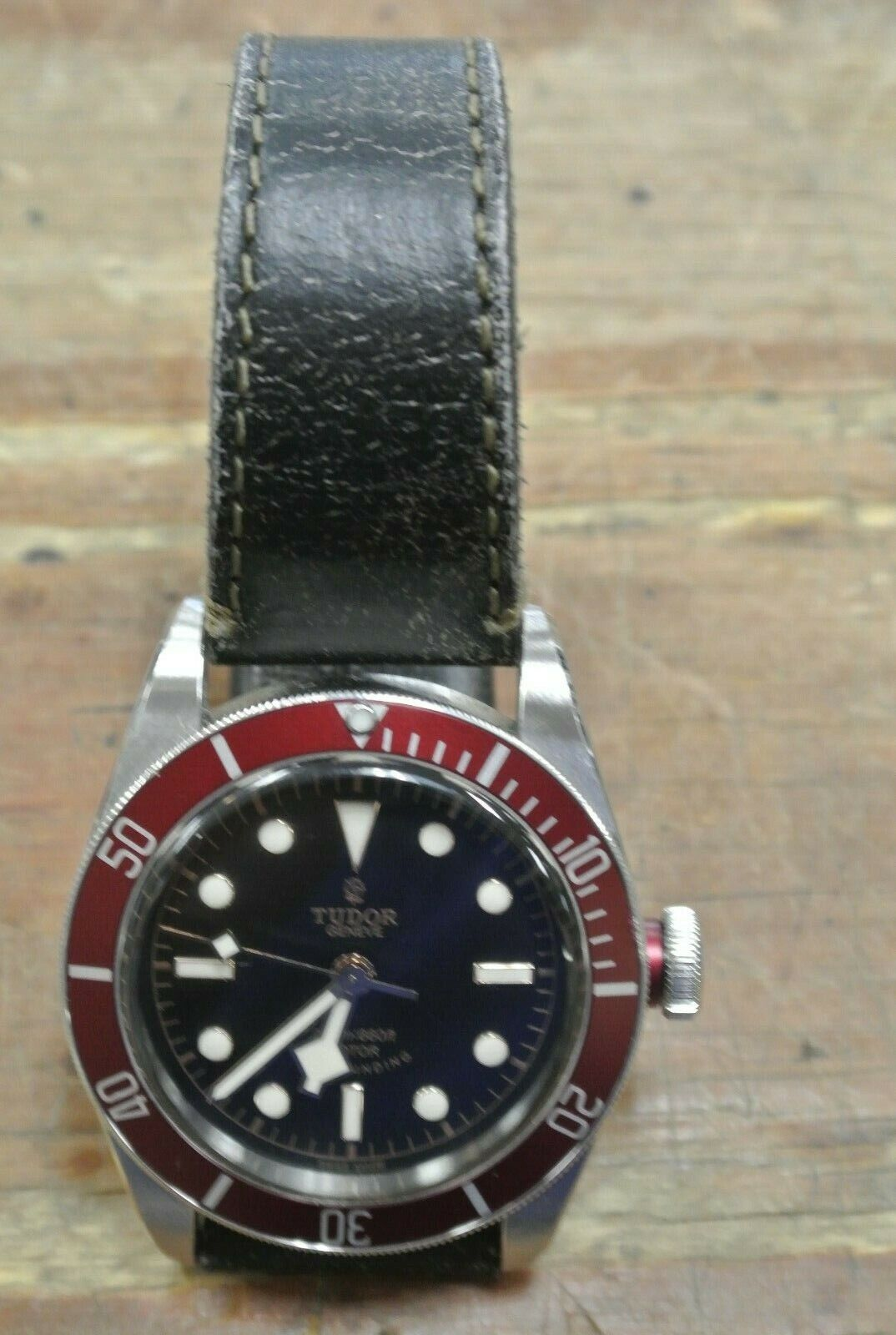 Tudor Black Bay Heritage Geneve 79220R Stainless Red Diver 200m Wrist Watch 41mm - watch picture 1