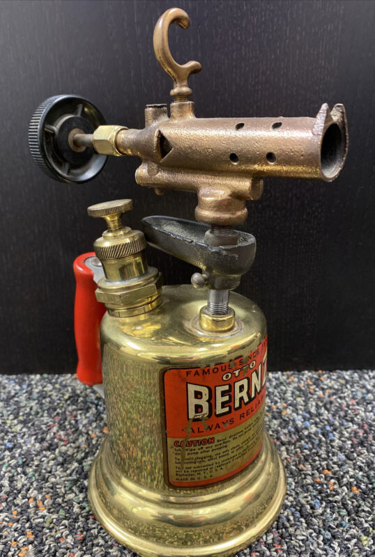 Vintage OTTO BERNZ BRASS BLOWTORCH! Red Handle, Rochester NY USA, Clean Torch!