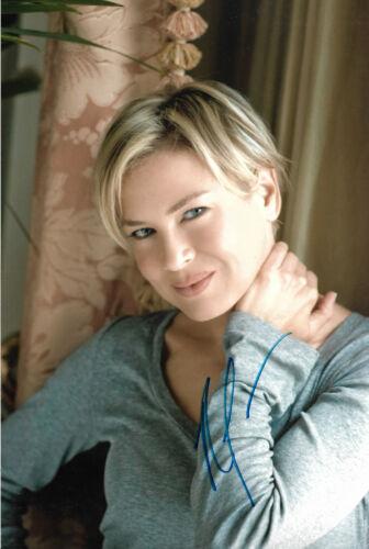 Renee Zellweger Autogramm signed 20x30 cm Bild