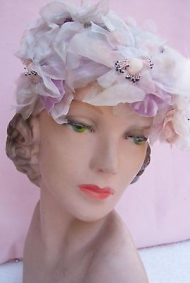 Nice Vintage  Ladies Hat  from the 1930's - 40's