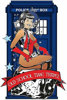 SCI-FI FANTASY OLD SCHOOL TIME TRAVEL T SHIRT POLICE CALL BOX SPACE TRAVEL GIRL