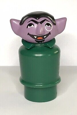 Vintage Fisher Price  SESAME STREET Little People The COUNT