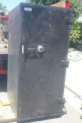 Large Commercial Steel Fireproof Safe Vault - Double Doors Pre-owned
