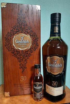 Rarität! Glenfiddich 30 Jahre! Single Malt Scotch Whisky in edler Holzkiste! 43%