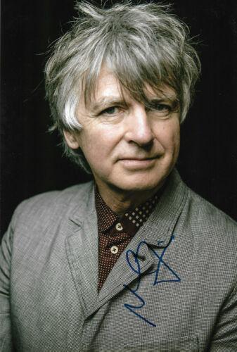 "Neil Finn ""Crowded House"" Autogramm signed 20x30 cm Bild"