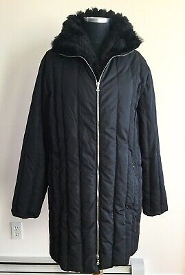 VERSACE CLASSIC V2 Black Down Quilted Rabbit Fur Coat Size 44/ M  Double Cuffs