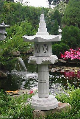 japanische Steinlaterne --Yukimi auf Säule HK --  Gartendekoration Koiteich