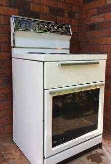 St Georges Grillmaster Oven and Cooktop in Good Working Condition