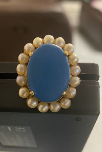 22k Ring Solid Gold Ladies Ring Size 6 - $300.00