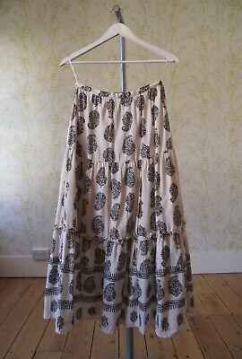 Vintage LAURA ASHLEY artisan cream tiered paisley print maxi skirt UK 8-10