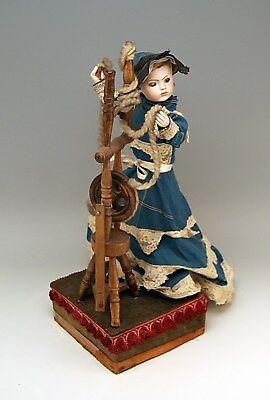 Mechanischer Puppen Automat ELEGANTE DAME AM SPINNRAD Frankreich um 1900  rarity