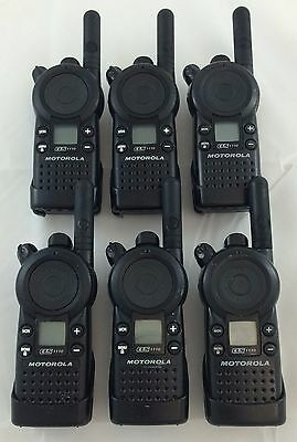 Cls1110 5-mile 1-channel Uhf 2-way Great Condition Lot Of 6 With Charger