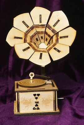 Wooden Gramophone plays music