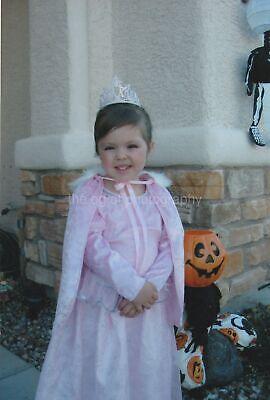 HALLOWEEN GIRL Little Princess FOUND PHOTO Color FREE SHIPPING Original 97 5 N](Halloween 5 Little Girl)