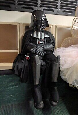 WOW!!! 5PC Pottery Barn Kids Darth Vader Halloween Costume Medium (8-10 Years)