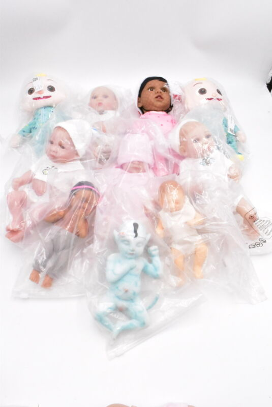 Reseller Lot of Baby Dolls, See pics Retail Value est $300+