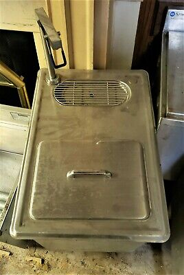 Commecial Drop- In Ice Bin With Water Station Faucet