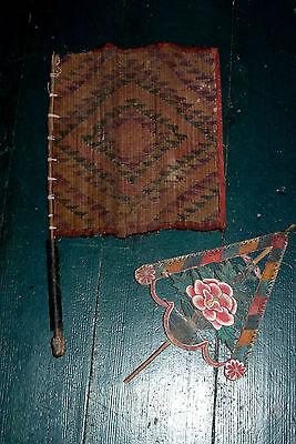 Tibet zwei alte Zeremonial Fahnen gewoben und aus Holz