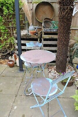 ANTIQUE SHABBY CHIC FRENCH BLUE GARDEN TABLE & CHAIRS PATIO BISTRO SET.