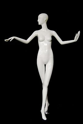 Female Fiberglass Glossy White Mannequin Eye Catching Abstract Style Md-xd18w