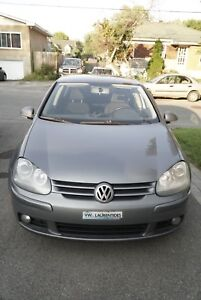 Volkswagen golf 2009 4000$