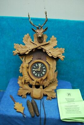 Vintage E.Schmeckenbecher Black Forest German Cuckoo Clock Hunter's Deer Game