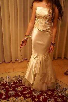 Vestito abito da sposa nuovo da atelier Italiano taglia 44 avorio misto seta