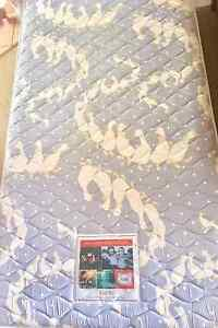 King single mattress - great condition The Gap Brisbane North West Preview